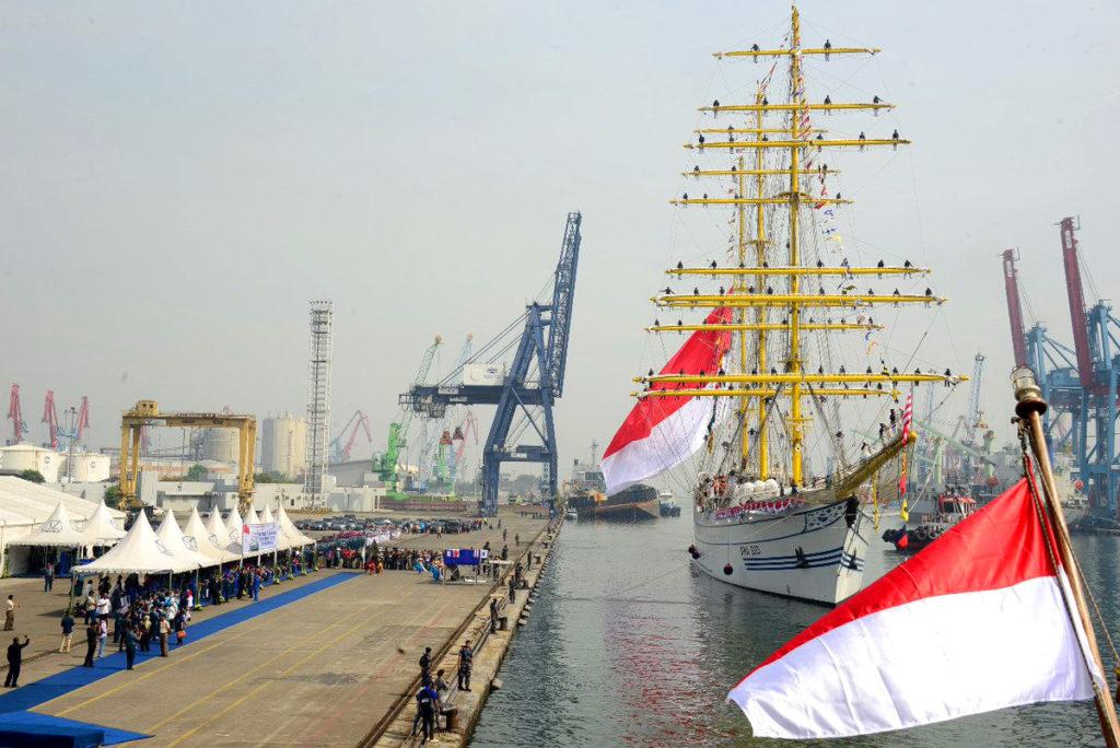 Bima Suci wchodzi do Dżakarty